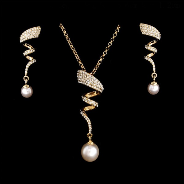 Crystal Spiral & Pearl Drop Set